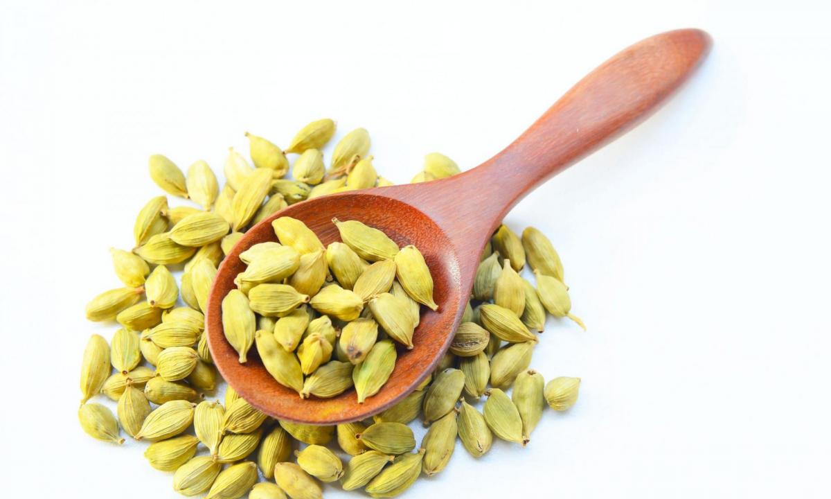 Cardamom seeds for schizophrenia